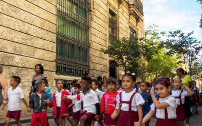 Quotidian Vista of La Habana Vieja: Primary school students marching through the streets